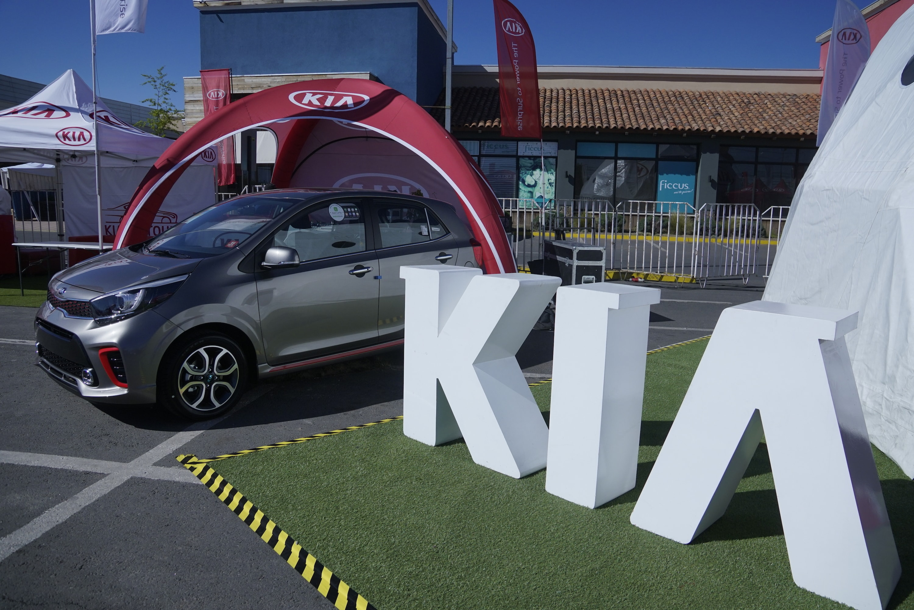 EL ACLAMADO 'KIA ON TOUR' ATERRIZA EN MOVICENTER