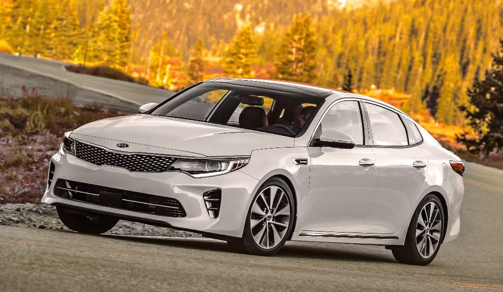 "Nuevo Kia Optima gana premio ""BEST BUY"" de Kelley Blue Book"